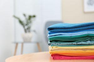 wash dry fold laundry